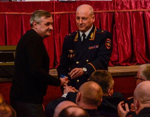 Смоленским пенсионерам органов внутренних дел вручили ключи от квартир