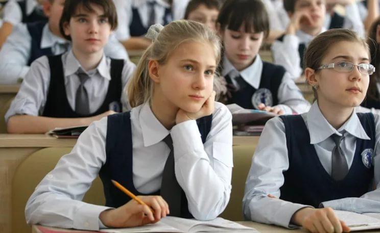 Три смоленские школы стали лауреатами Всероссийской выставки образовательных учреждений