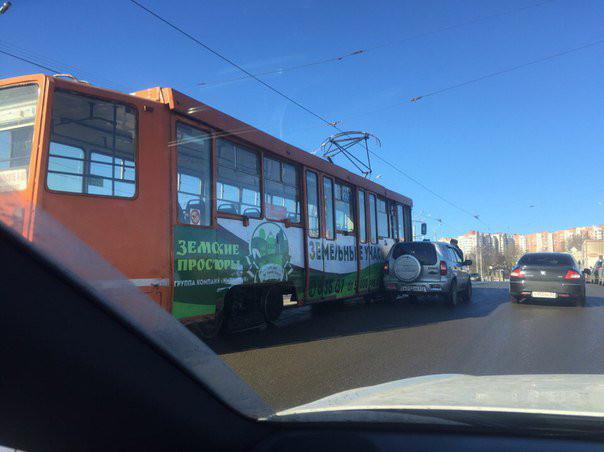 В Смоленске произошло ДТП с участием трамвая