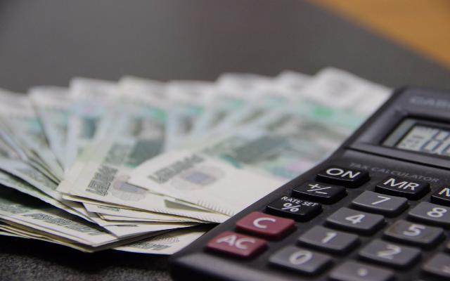 Работодатели задолжали смолянам 37 миллионов рублей