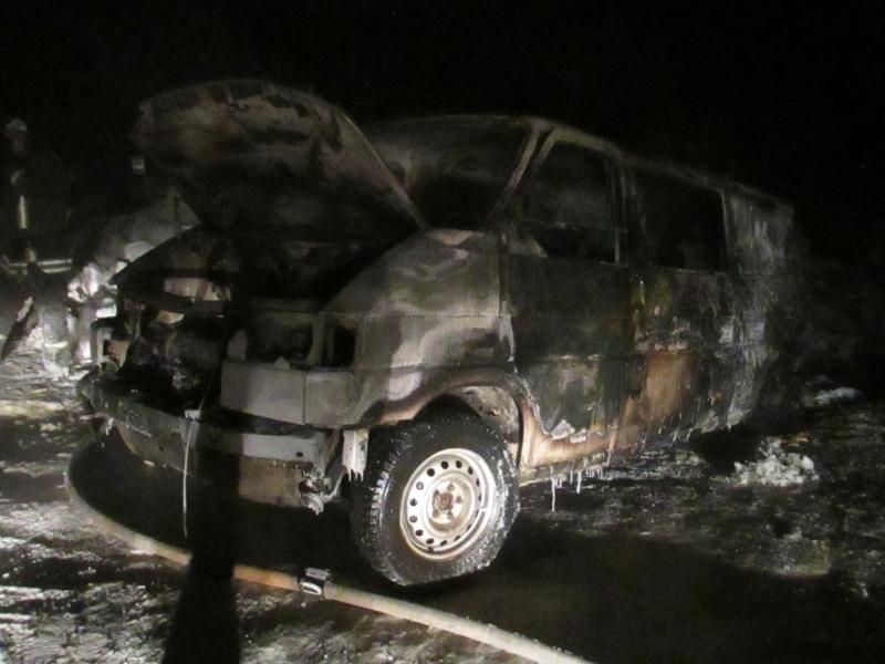 В Смоленской области на дороге сгорел Volkswagen