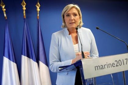 Марин Ле Пен назвала антироссийские санкции «абсолютно бестолковыми»