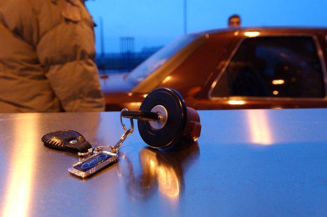 Сотрудник смоленского автосалона присвоил себе более 1,1 млн. рублей за проданные машины