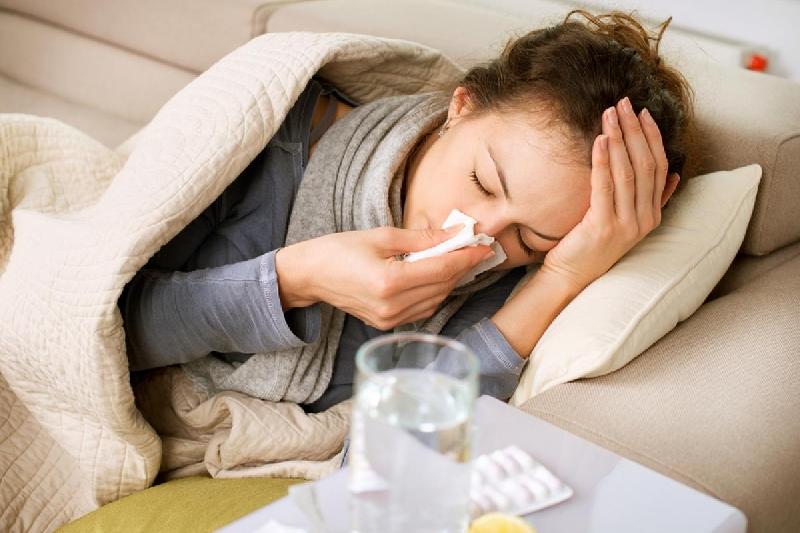 В Смоленской области растет число заболевших гриппом и ОРВИ