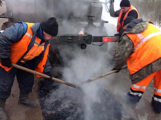 В Смоленске отложили ямочные ремонты