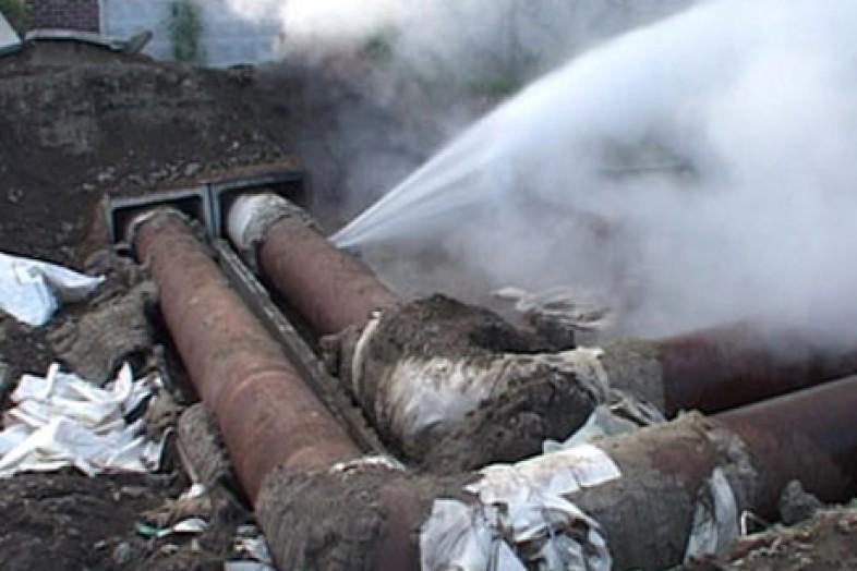 В Смоленске почти 4 тысячи человек остались без воды из-за аварии