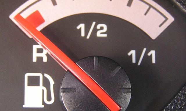 В Смоленске «замерли» цены на бензин