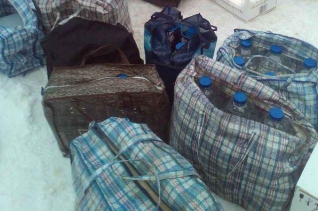 В автобусе Смоленск-Витебск таможенники обнаружили более 425 литров контрафактного алкоголя