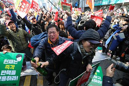 Два человека погибли в ходе столкновений в Сеуле