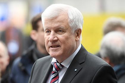 Баварский премьер назвал дату визита Меркель в Москву