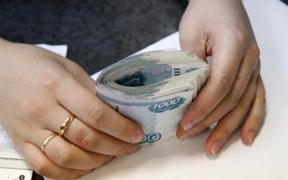 В Смоленске воровка оставила семью пенсионеров без денег