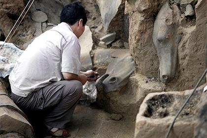 Китайские археологи нашли сокровища династии Мин