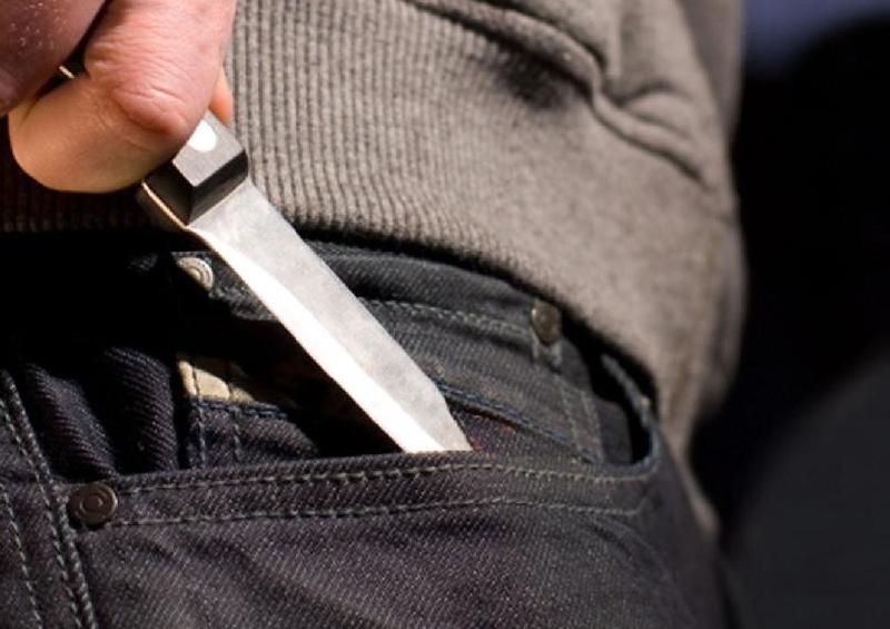 В Смоленске суд вынес приговор подростку, зарезавшему школьника