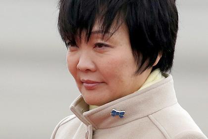 В японском парламенте захотели допросить жену Синдзо Абэ