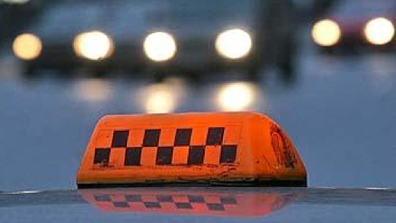 В Смоленской области на заправке таксист несколько раз выстрелил в пассажиров