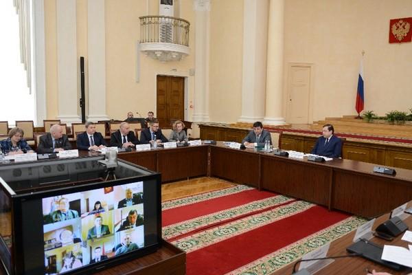 Алексей Островский поручил провести учебную проверку в одном из соцучреждений региона