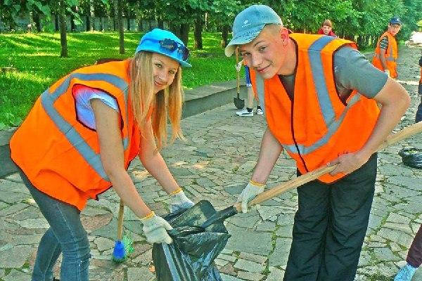 В Смоленской области обсудили перспективы временного трудоустройства подростков