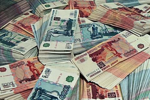 Менеджер смоленской микрофинансовой организации намошенничала на 600 тысяч рублей