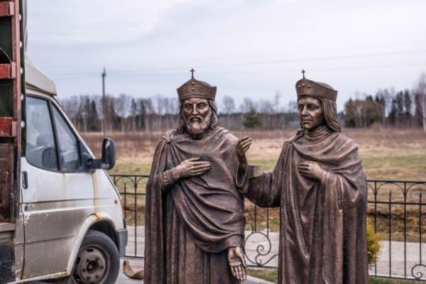 В Смоленской области появился памятник святым Константину и Елене