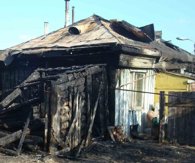 В Смоленской области в сгоревшем доме пожарные нашли тело мужчины