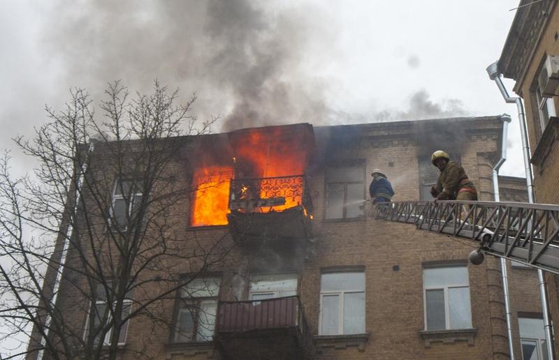В Смоленской области при пожаре пострадал 27-летний курильщик