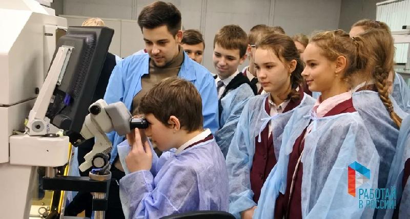Заводы Смоленской области откроют двери для школьников