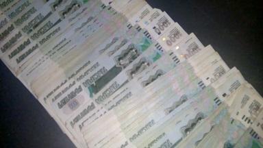 В Смоленской области у дальнобойщика украли миллион рублей
