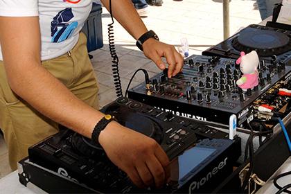 В Тунисе закрыли один из ночных клубов из-за ремикса призыва к молитве