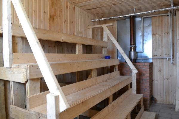 В Угре отремонтировали общественную баню