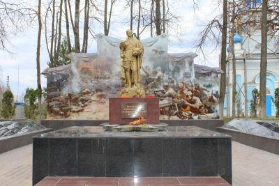 На Соловьевой переправе зажгли Вечный огонь