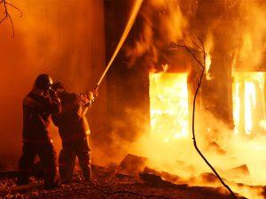 В деревне Черепов горел жилой частный дом