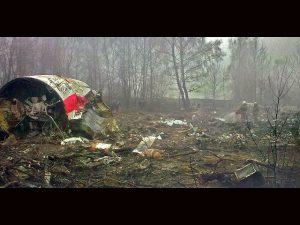 В могиле погибшего в смоленской авиакатастрофе польского генерала нашли останки семи человек