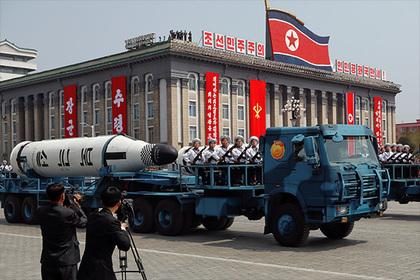 В КНДР назвали полеты американских бомбардировщиков толчком к ядерной войне