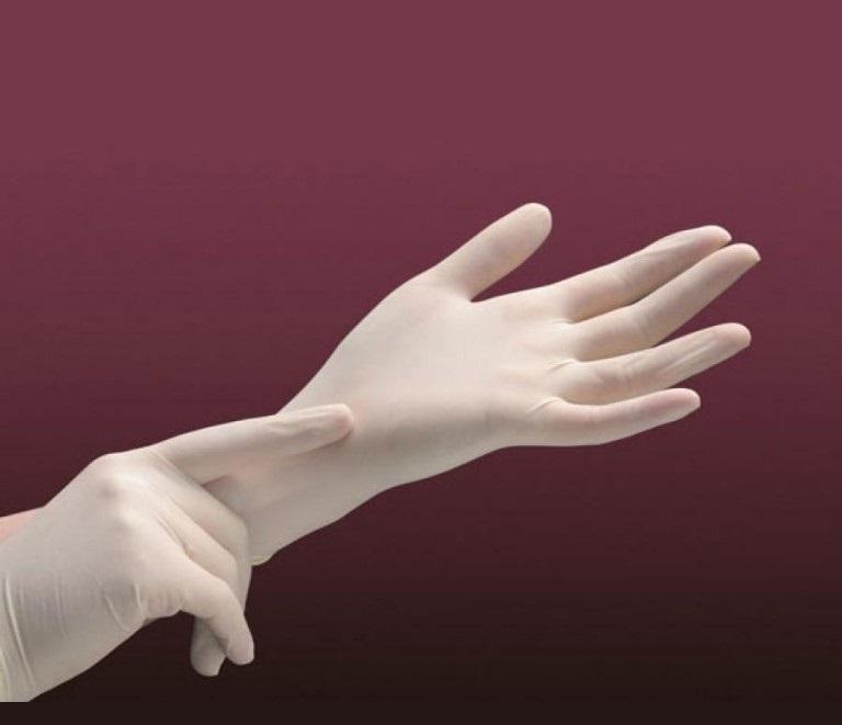 Смоленское предприятие запустило производство сверхпрочных перчаток