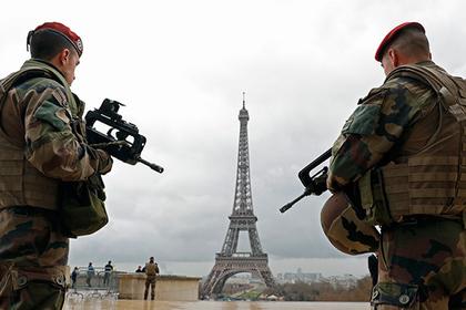 Безопасность во время выборов во Франции обеспечат 50 тысяч полицейских