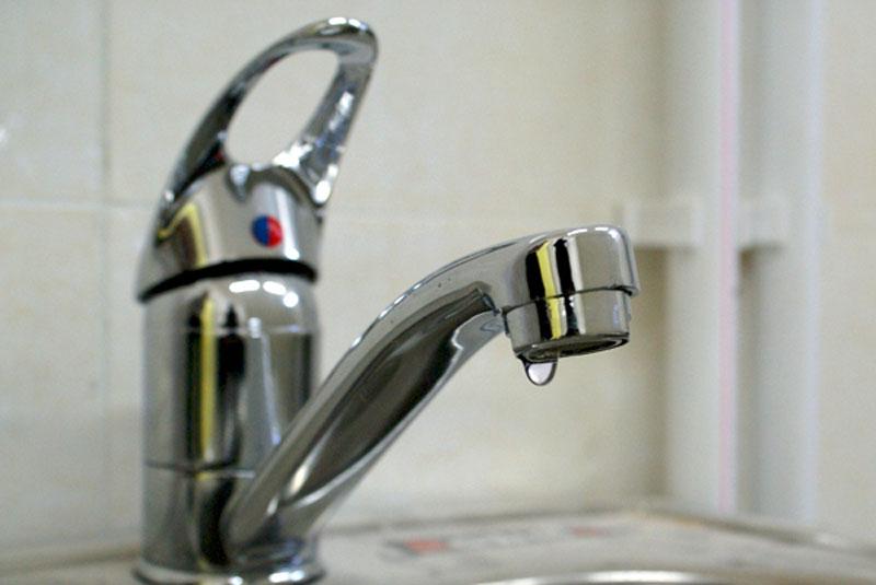 В Смоленске детский сад «Ромашка» и еще семь домов останутся без холодной воды