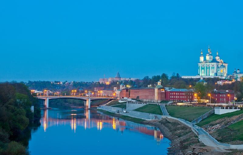 Смоленск возглавил рейтинг городов для недорогих путешествий на летние выходные