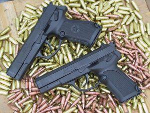 В Смоленской области осудили банду торговцев оружием