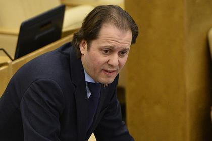 В Госдуме предложили вернуть политинформацию для школьников
