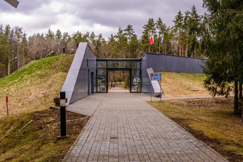 Россия может перестать ухаживать за польскими мемориалами, в том числе в Смоленской области