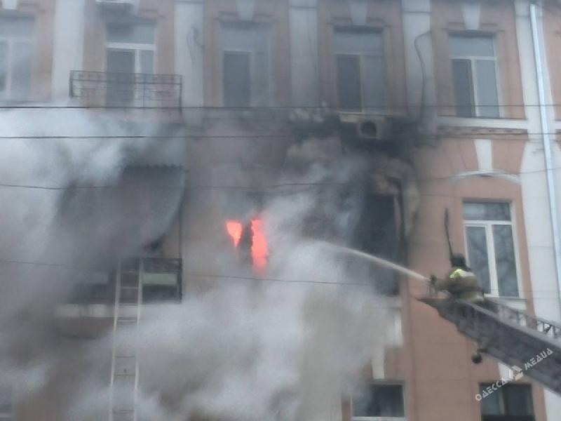 В Смоленске горела одна из квартир дома на Станционном переулке