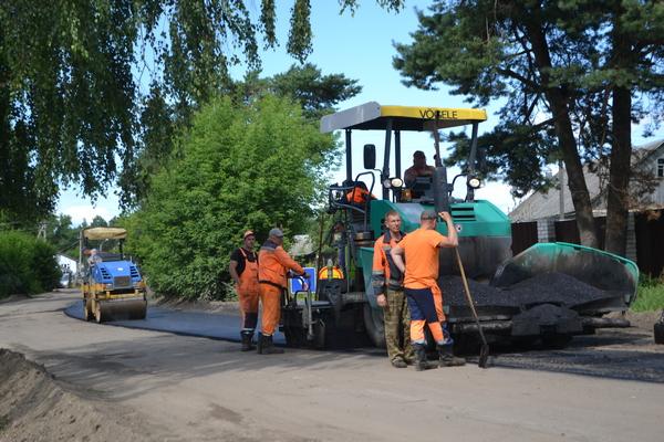 В смоленских поселках начался ремонт дорог после обращения жителей к Сергею Неверову