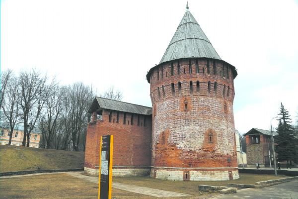 Громовую башню в Смоленске хотят реконструировать