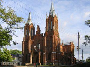 Будут ли реставрировать костел в Смоленске?