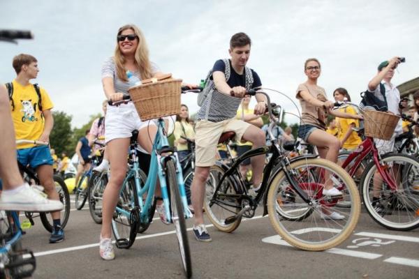 В Смоленске проведут ночной и дневной велопарады