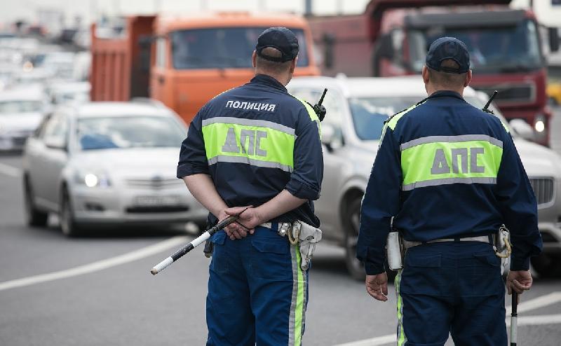 МВД разрешило останавливать автомобилистов вне стационарных постов