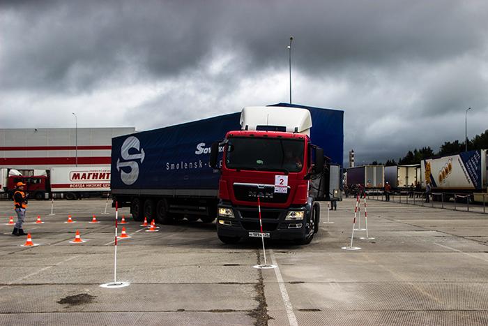 В Смоленской области прошел региональный этап Всероссийского конкурса мастерства водителей большегрузов