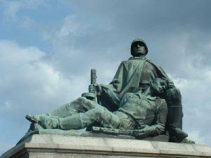 Франц Клинцевич предложил перенести польские памятники советским воинам в Смоленскую область