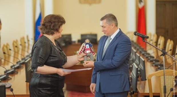 Владимир Соваренко поздравляет строителей с профессиональным праздником