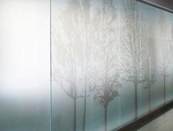 Самоклеящиеся пленки для декорирования стекол